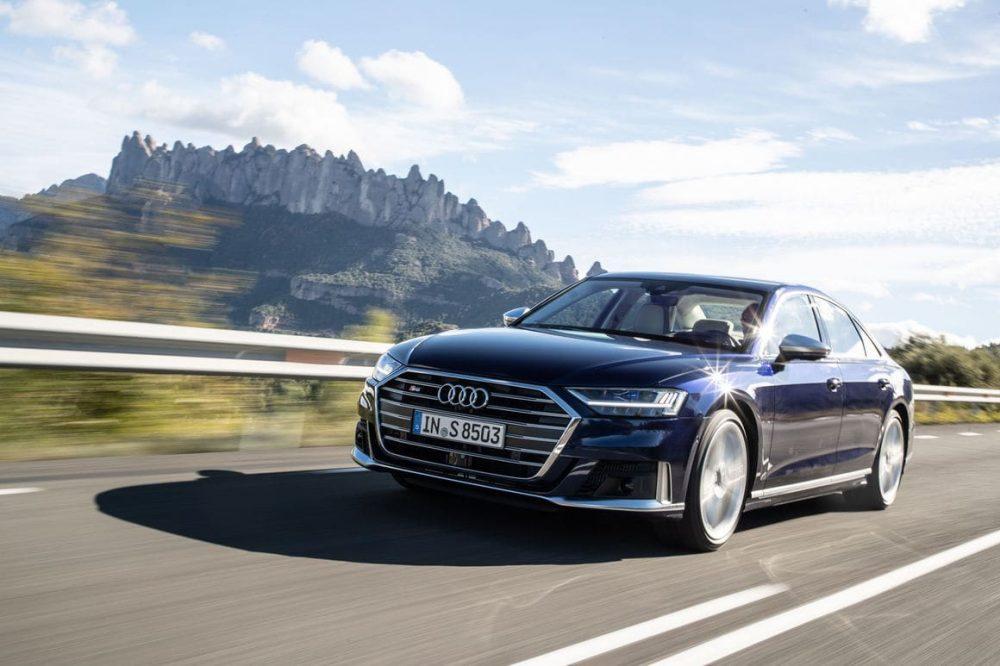 Audi S8 und seine schicke neue Front die den Look des sportlichen Audi S8 unterstreicht