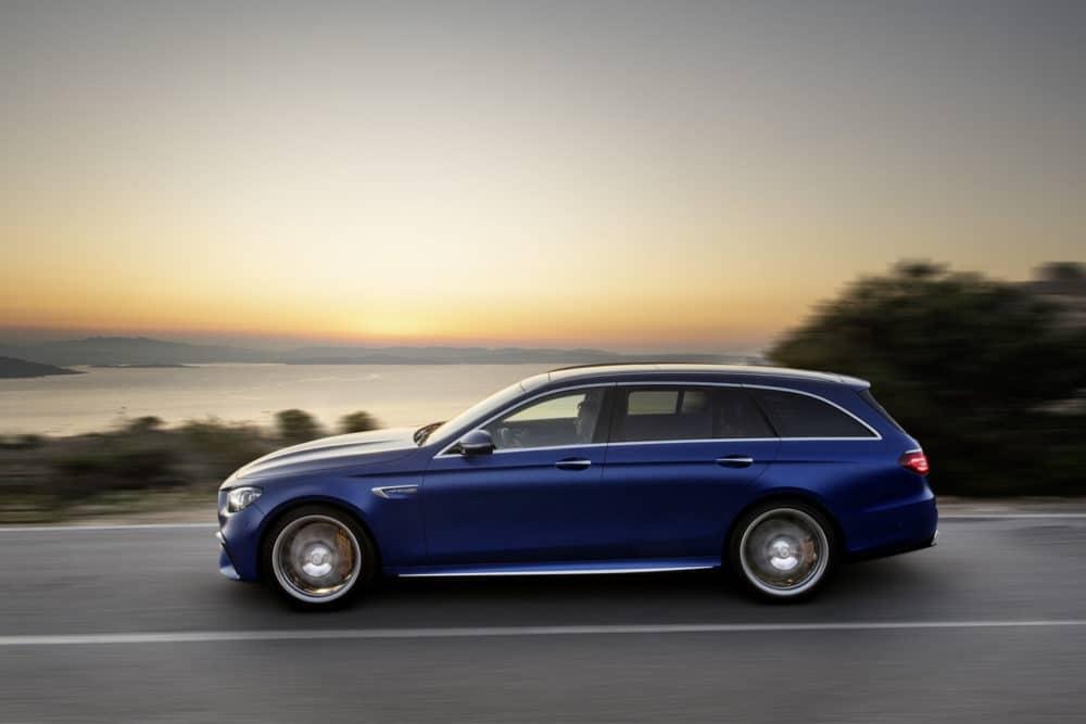 Modellpflege E63 S T-Modell Brilliantblau magno 2020